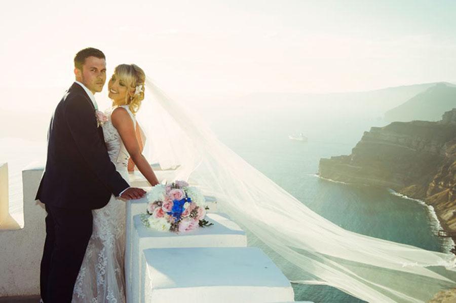 Wedding in santorini KEVIN & ABI WEDDING IN SANTORINI KEVIN & ABI WEDDING IN SANTORINI how to get married in santorini37 WEDDING ALBUMS WEDDING ALBUMS how to get married in santorini37